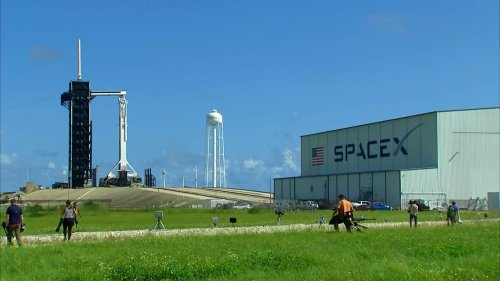 How SpaceX Prepared Civilian Space Tourists Ahead of Historic Private Launch