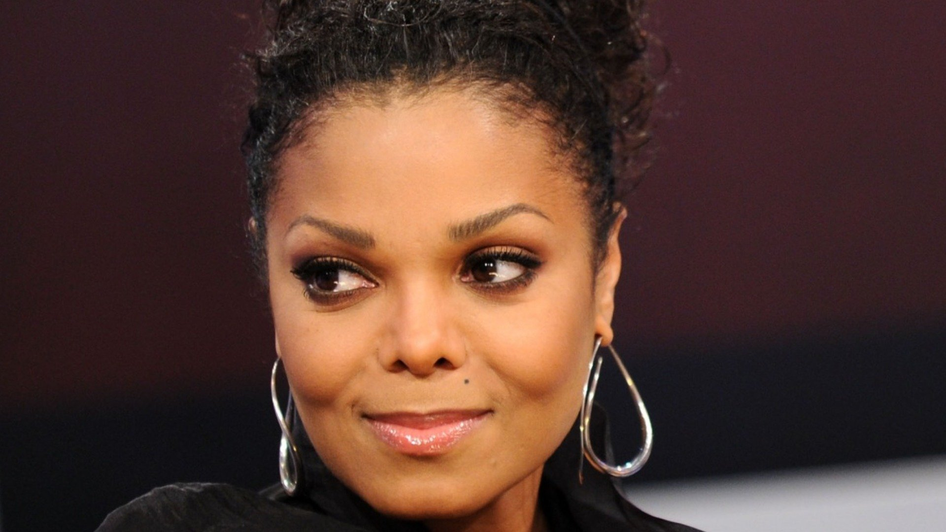 The Truth About Janet Jackson's Relationship With Her Family