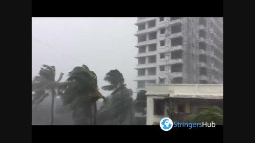 Cyclone Tauktae with strong winds strike Mumbai, India