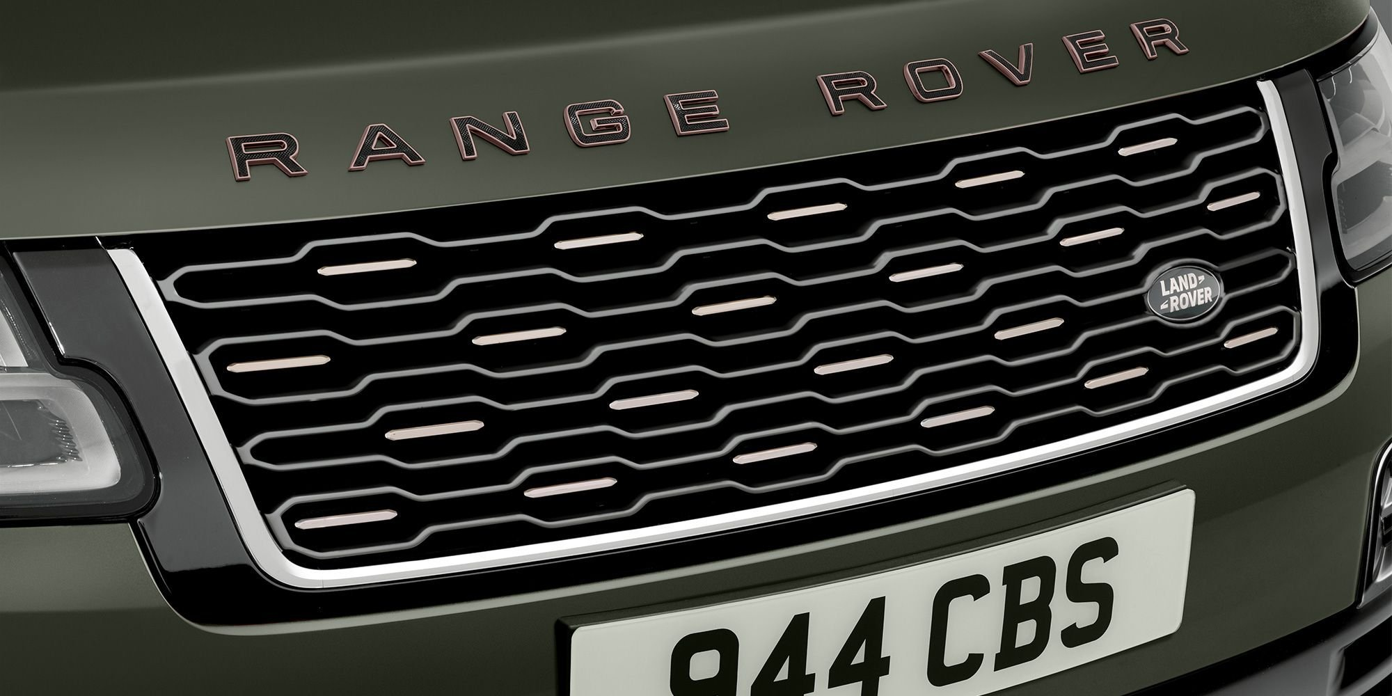 The New 2022 Range Rover Is Coming: Here's Everything You Need to Know