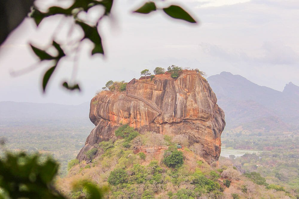 SRI LANKA, PEARL OF THE INDIAN OCEAN - BEAUTIFUL PLACES FOR YOUR BUCKET LIST
