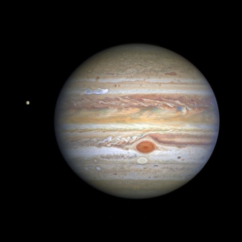 Jupiter, enticing moon Europa star in new Hubble photo