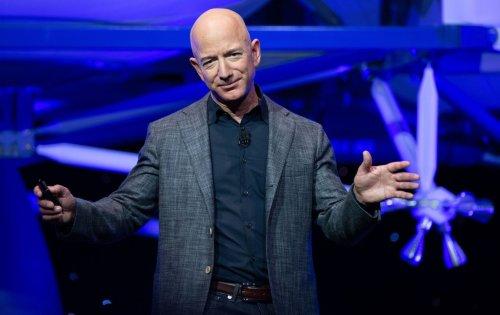 Jeff Bezos' Blue Origin lands a Pentagon contract to design nuclear-powered spacecraft