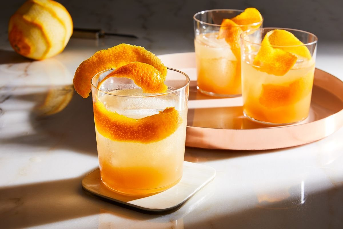 Our 21 Best Fall Cocktails for Fireside Sippin'