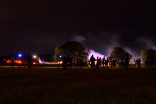 Partygoers, police injured at curfew-busting rave in France