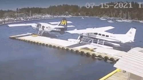 Floatplane Pilot Fires Up Engine Then Casually Rams Another Floatplane