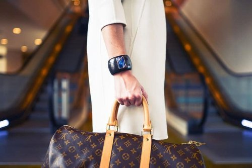 HOW TO AUTHENTICATE LOUIS VUITTON