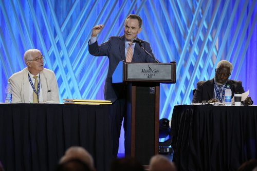 Southern Baptists quash expanded sex abuse probe, for now