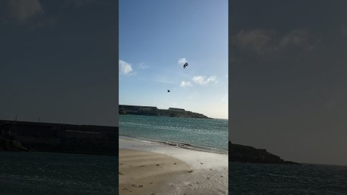 Kitesurfer Has Insane Crash!