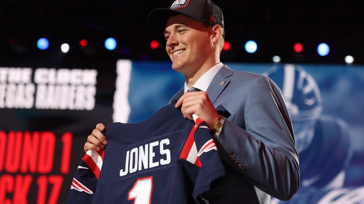 Mac Jones Is The Ultimate 'Patriots QB'