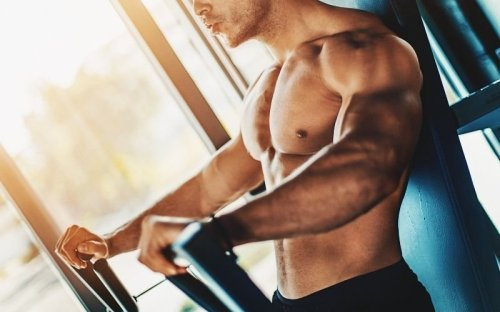 Do These 13 Chest Exercises to Build Bigger Chest and Shoulders