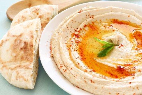 Is Hummus Actually a Healthy Snack?