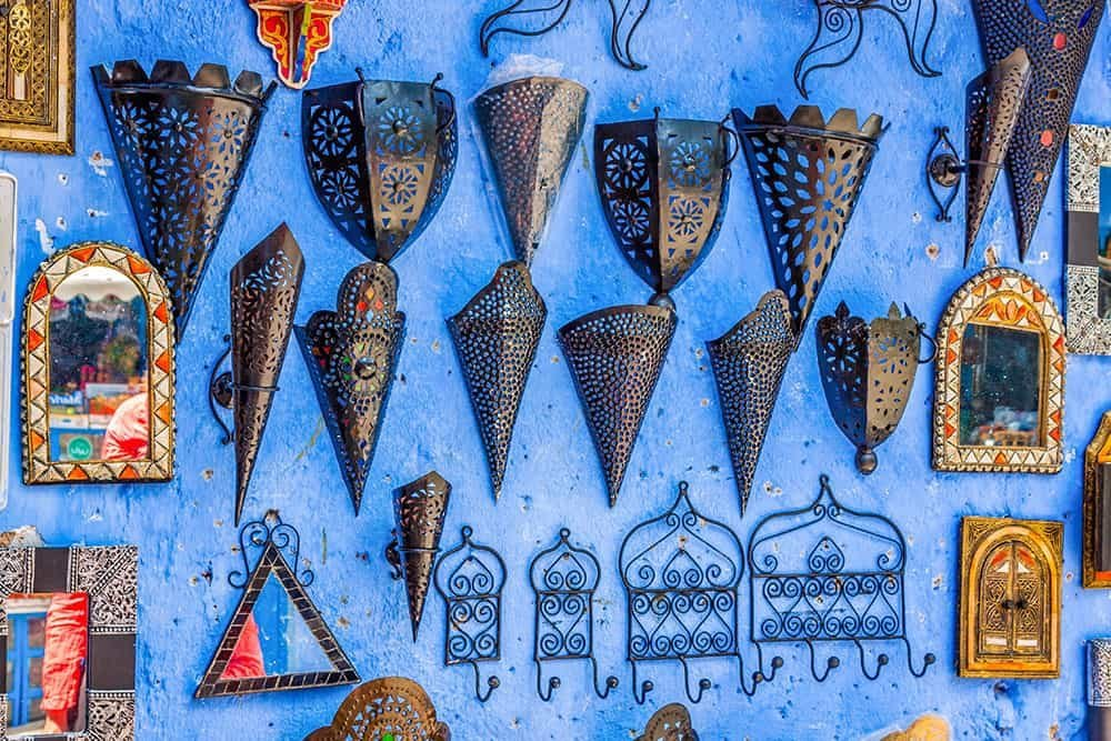 MOROCCO SHOPPING TIPS - UNIQUE SOUVENIRS TO BRING HOME WITH YOU