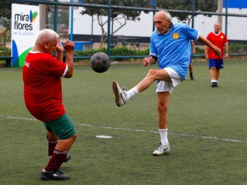Ageing Isn't Inevitable, Which Means We Can Manipulate It To Make Us Live Longer
