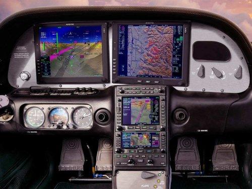 Avidyne Debuts Vantage Flight Deck for Entegra-Equipped Cirrus Aircraft