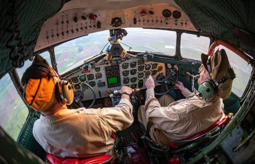 D-Day Pilot Celebrates His 99th Birthday Flying a C-47