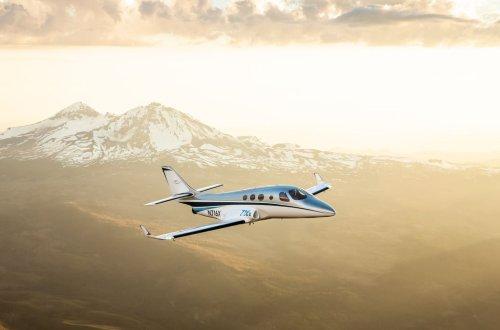 Stratos Aircraft Debuts 716X Turbofan