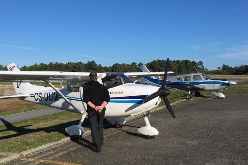 Learn to Fly: Finding the Right Flight School | Flying