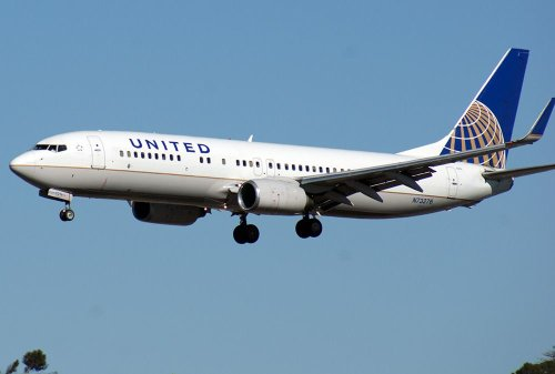 United Airlines Makes More Cargo Revenue With Less Cargo | Flying