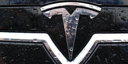 Elon Musk hat vorgesorgt: Chipkrise in der Autoindustrie: Tesla lässt deutsche Hersteller ganz schön alt aussehen