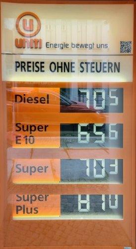 Super 65 Cent, Diesel 70 Cent: So viel müssten wir für Benzin zahlen – ohne Steuern