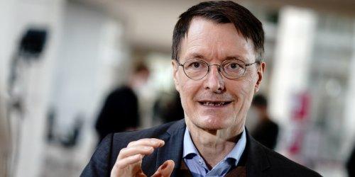 """Coronavirus-Impfung im Ticker: Lauterbach warnt: """"Ungeimpfte Personen werden nicht zur Normalität zurückkehren können"""""""