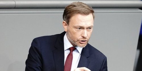 Klima-Diskussion: FDP-Chef: CO2-Obergrenze, aber kein Elektro-Zwang und kein Tempolimit