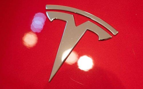 Trotz glänzender Geschäfte: Tesla hebt seine Autopreise deutlich an