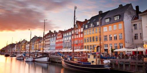 Hohe Inzidenz, wenige Tote: Trotz vieler Infektionen stirbt in Dänemark kaum jemand an Covid-19
