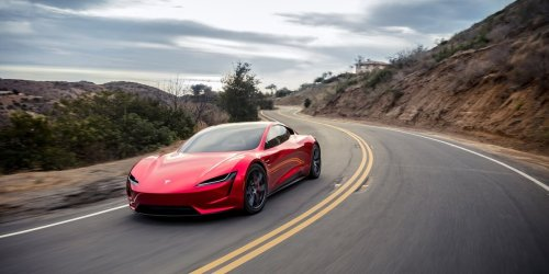 """Plötzliche Umstellung aufs E-Auto: Tesla-Gründer warnt vor """"bösem Erwachen"""""""