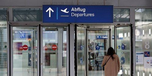 """""""Wir sind fassungslos"""": Beamte hielten Abgeordnete am Flughafen fest: Bundespolizei in der Bredouille"""