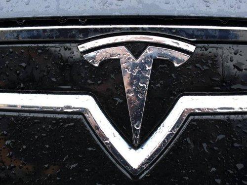 Chipkrise in der Autoindustrie: Tesla lässt deutsche Hersteller ganz schön alt aussehen
