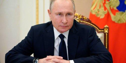 Säbelrasseln im Osten - eine Analyse: Es riecht nach Krieg: Putin fordert in der Ukraine den Westen heraus, Xi greift nach Taiwan