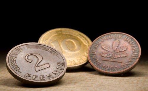 20 Jahre nach D-Mark-Aus liegen Münzen im Milliardenwert in deutschen Schubladen