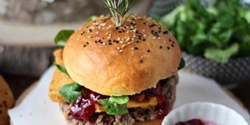Kochtipps: Leckerer Burger mit Camembert: So kochen Sie das Rezept ganz einfach nach