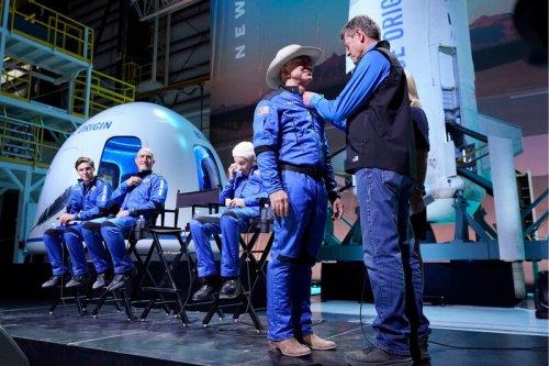 Kurz vor Start die Regeln verschärft: Jeff Bezos darf sich doch nicht Astronaut nennen
