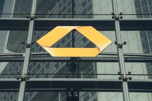 Negativzinsen aufs Sparbuch: Jetzt brechen bei den Banken alle Dämme