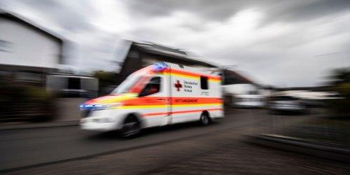 Radfahrerin von Tram gerammt und schwer verletzt