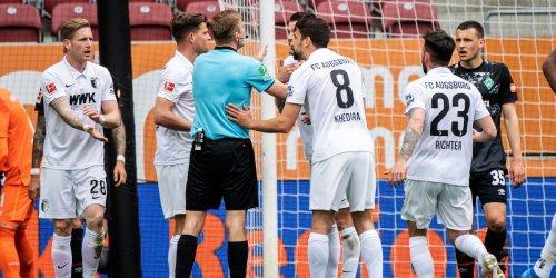 Bundesliga-Saison 2021/2022: Neue Fußball-Regeln gelten: Wieder Änderungen beim Handspiel