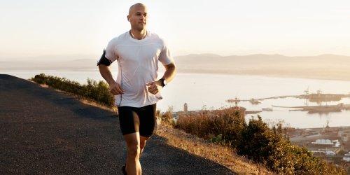 Joggen oder erst mal frühstücken?: Frühsport: Mit Laufen am Morgen abnehmen und fit in den Tag starten