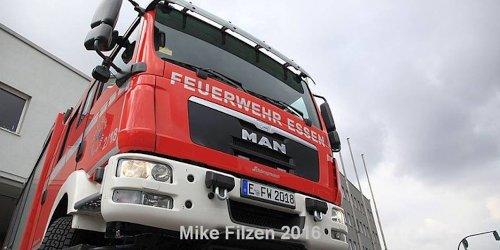 Feuerwehr Essen: FW-E: Brand auf Schrottplatz - keine Verletzten