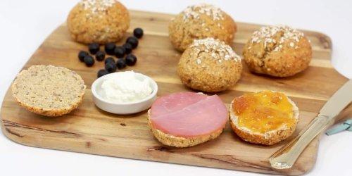 Haferflocken-Brötchen mit Chiasamen und ganz ohne Mehl - gluten- und kalorienarm