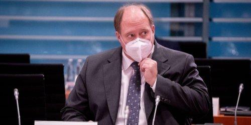 Coronavirus-Impfung im Ticker: Kanzleramtsminister Helge Braun kündigt Einschränkungen für Nicht-Geimpfte an