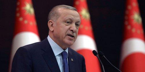 """Analyse unseres Partnerportals """"Economist"""": Bricht eigene Coronaregeln: Wie in der Türkei die Wut auf Präsident Erdogan wächst"""