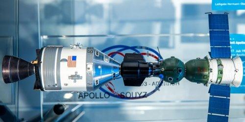 Virtuelle Mondfahrt: Zwei Sonderausstellungen