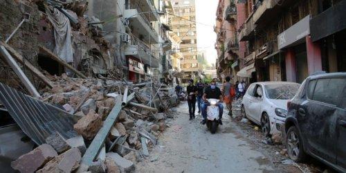 """""""Die Menschen sehen einfach keine Perspektive mehr"""" / Wie geht das Leben im Libanon ein Jahr nach der Explosion weiter?"""