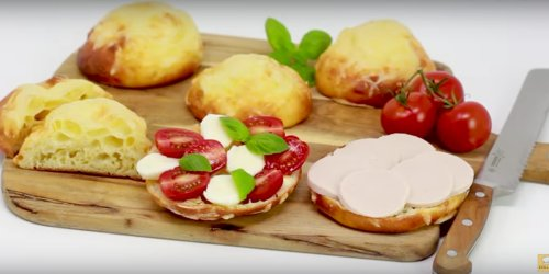 Käsebrötchen mit Skyr und ohne Hefe: Kalorienarm, lecker und schnell gemacht