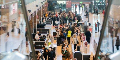 Chaos am BER: Jetzt wird Reisenden sogar empfohlen, ihr Gepäck schon am Vorabend aufzugeben