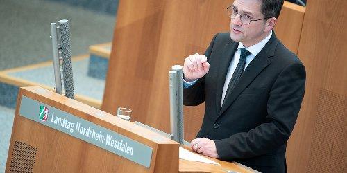 Kutschaty widerspricht Laschet: Impfreihenfolge beibehalten