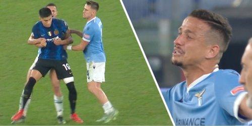Lazio-Star Felipe springt Inters Correa an, sieht Rot und weint - Video